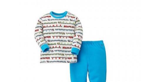 UNIQLOのトーマスパジャマがかわいいぞ。息子の食いつきも抜群。